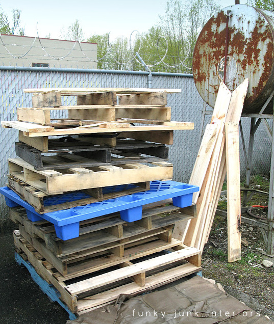 Curbside found pallets, perfect for creating with!