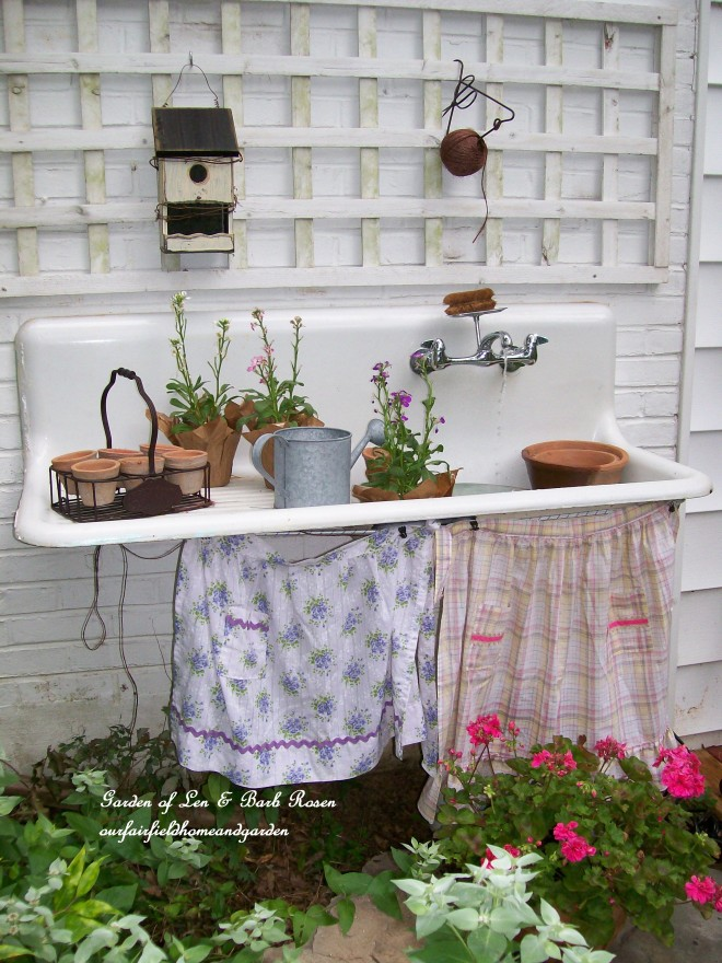 Make a garden potting bench out of a vintage sink!