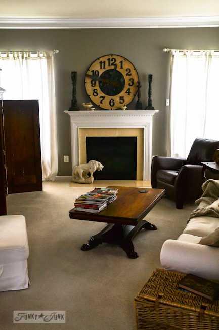 Karen - The Graphics Fairy's house - livingroom decorating