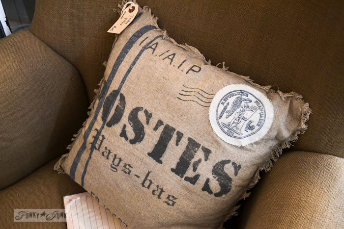 Lucketts Eve - postal pillow