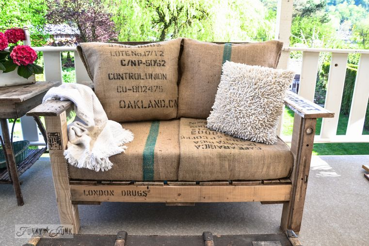 Easy to build pallet wood chair with burlap cushions | funkyjunkinteriors.net