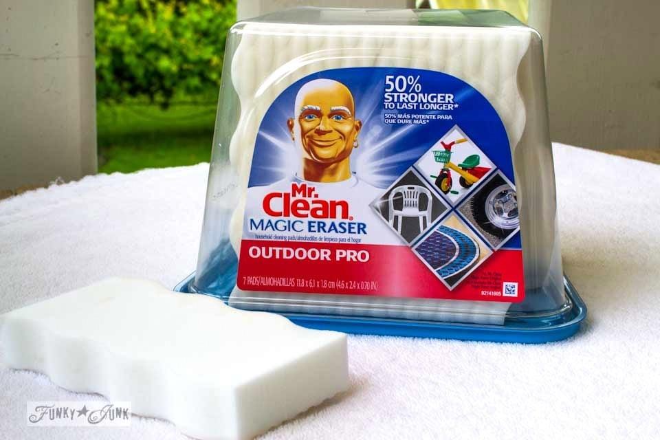 Mr. Clean Magic Eraser Outdoor Pro