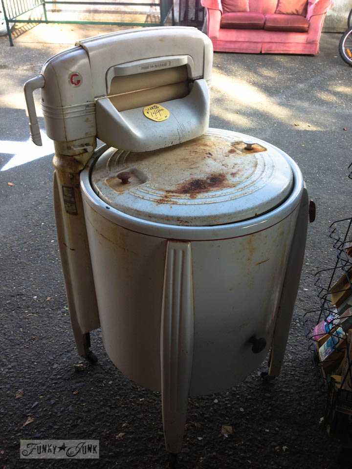 Junkin' at Rusty's - vintage washing machine