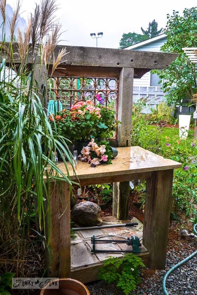 Reclaimed wood and metal grate potting bench  / Reclaimed garden features at a Hope garden centre via https://www.funkyjunkinteriors.net/