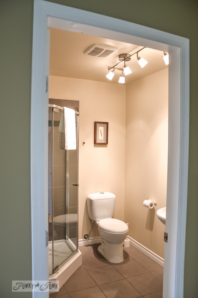 White and glass bathroom  / part of A Little R and R in a Bed and Breakfast via https://www.funkyjunkinteriors.net/