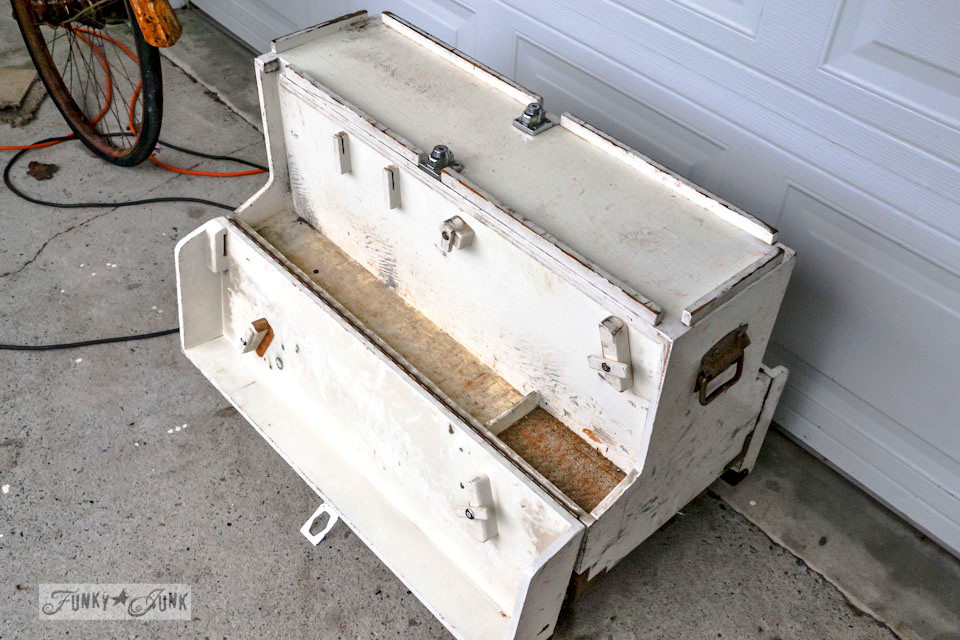 The before / part of a funky tool box side table with hidden junk storage / via https://www.funkyjunkinteriors.net/
