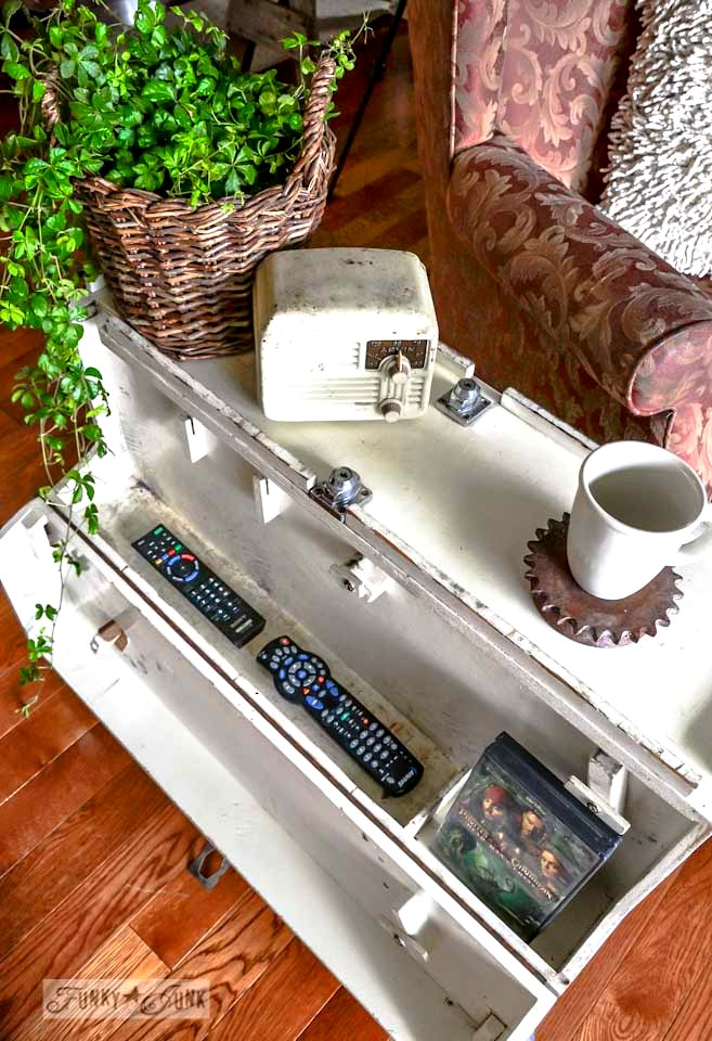 The storage inside / A funky tool box side table with hidden junk storage / via https://www.funkyjunkinteriors.net/
