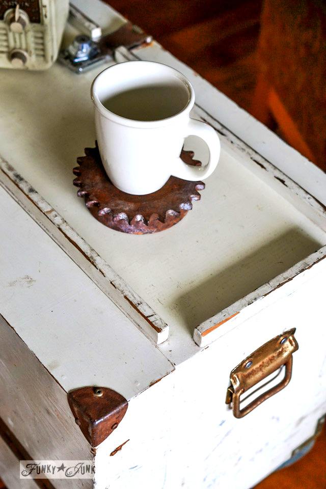 Rusted metal corners / part of a funky tool box side table with hidden junk storage / via https://www.funkyjunkinteriors.net/