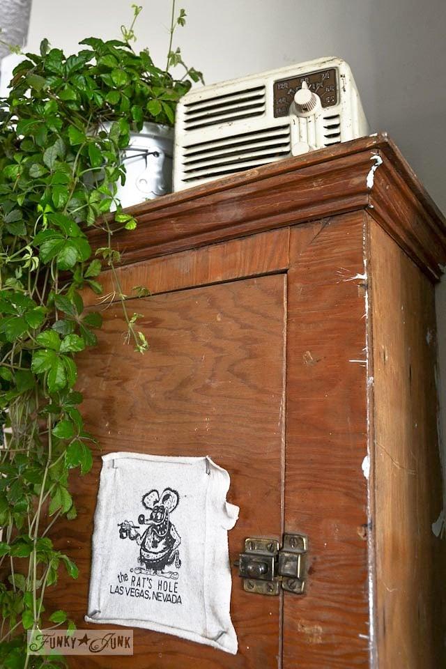 wall cabinet storage-0299