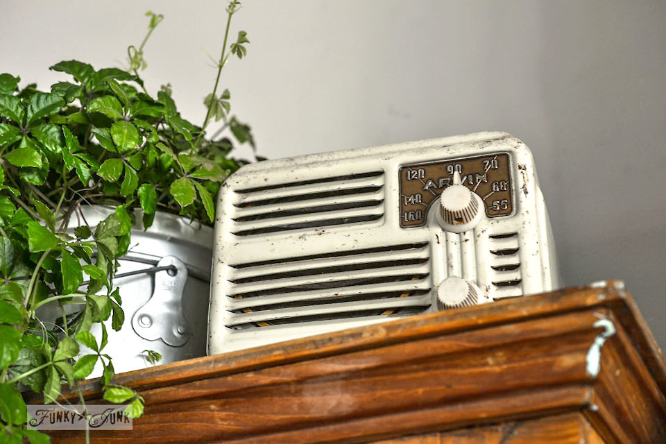Vintage ivory Arvin radio - part of a funky wall cabinet gallery reveal via : https://www.funkyjunkinteriors.net/