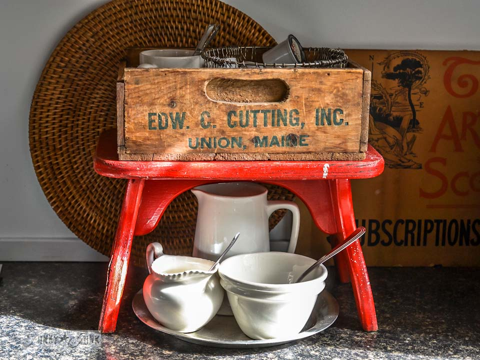 The junky little red bench and crate coffee station via https://www.funkyjunkinteriors.net/