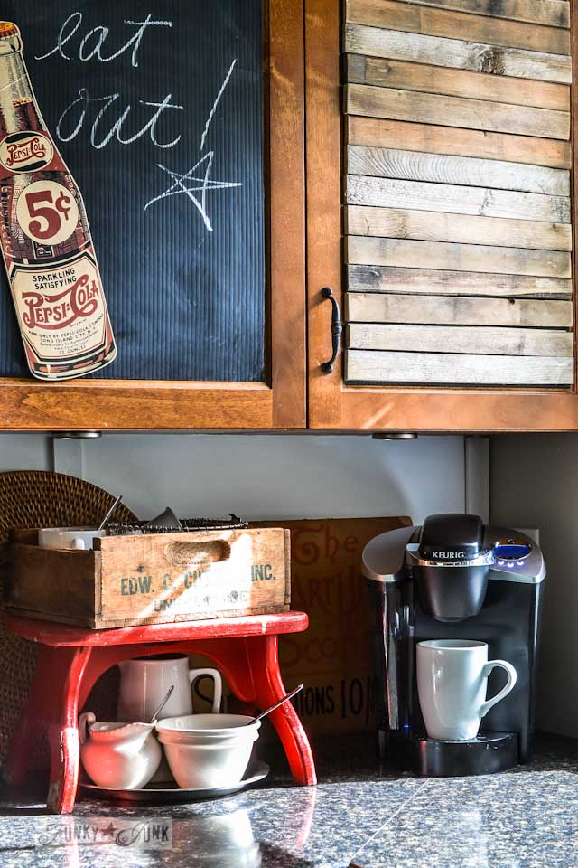 Junkers United, a pin board / part of Junkers Unite with junky kitchen cupboards, a pin board and a link up! via https://www.funkyjunkinteriors.net/