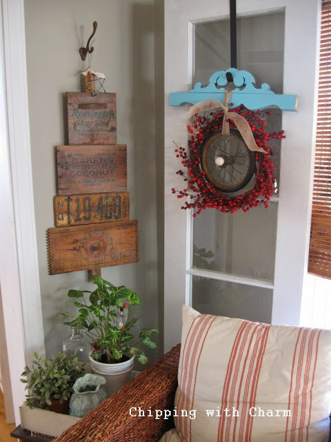 Old crate Christmas tree wall art - Chipping with Charm, featured on https://www.funkyjunkinteriors.net/