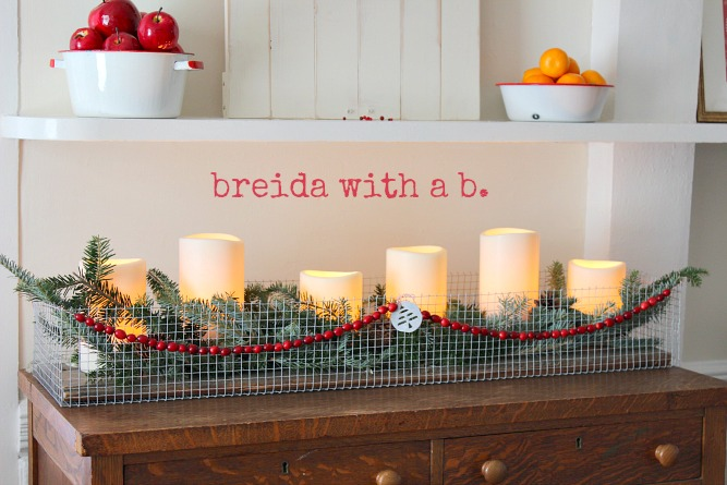 Industrial metal cloth Christmas candle display - Breida with a B