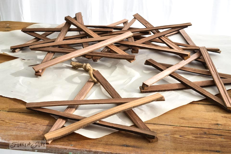Make Christmas kindling stars... in minutes! via https://www.funkyjunkinteriors.net/