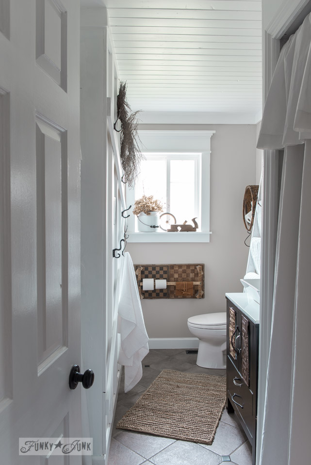 Salvaged Farmhouse bathroom makeover