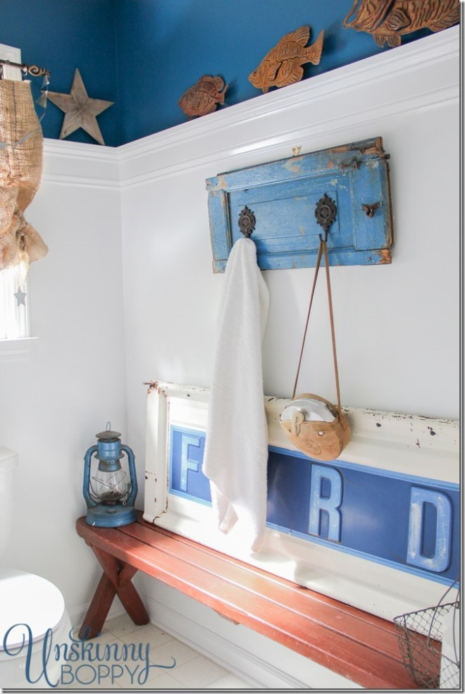 Ford tailgate themed boy's bathroom makeover via Unskinny Boppy