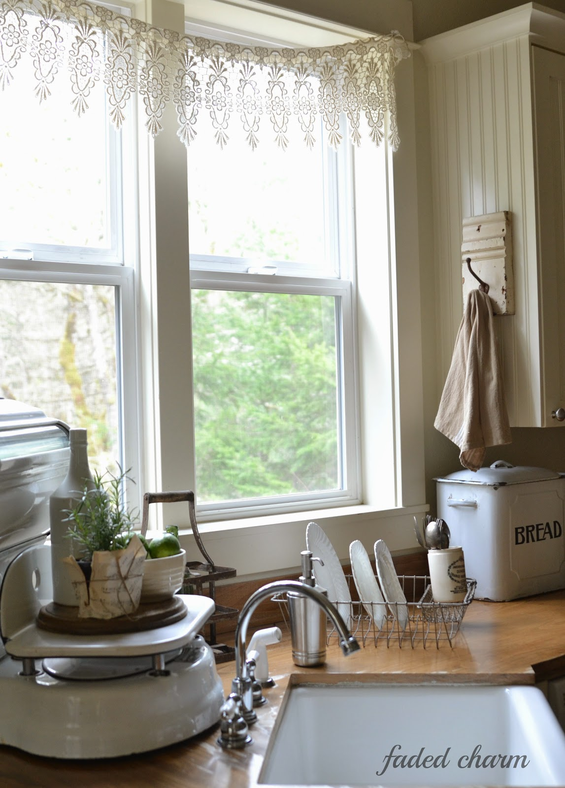 Salvaged Kitchen Decorating Ideas, From Crates To