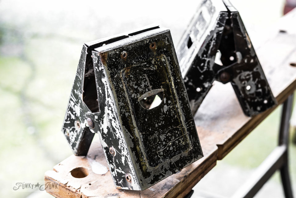 Sawhorse brackets / part of Junky sawhorse pipe lamps with chalkboard lampshades via FunkyJunkInteriors.net