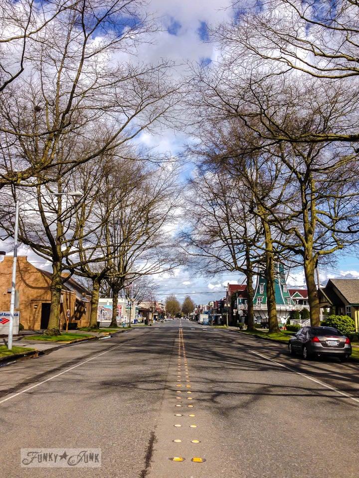 The quaint streets of Lynden, Washington / An impromptu family day in Washington via FunkyJunkInteriors