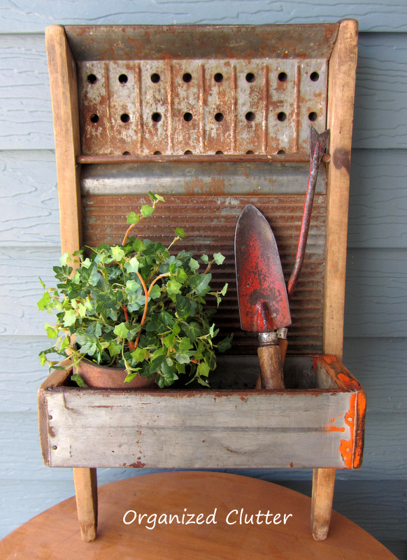 Junk garden washboard planter by Organized Clutter