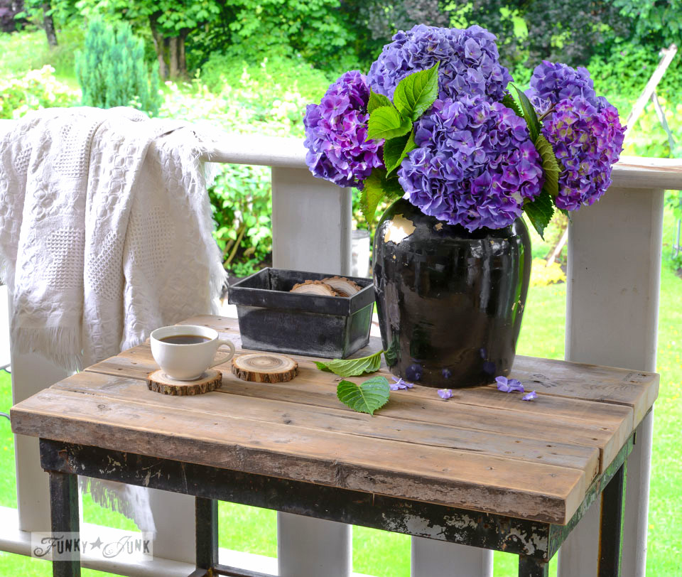 Chunky wood topped patio table from 2x4's and purple hydrangeas / FunkyJunkInteriors.net