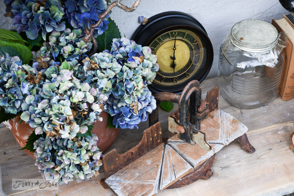 Antique clock / How to survive an antique auction - tips and see the loot! via FunkyJunkInteriors.net