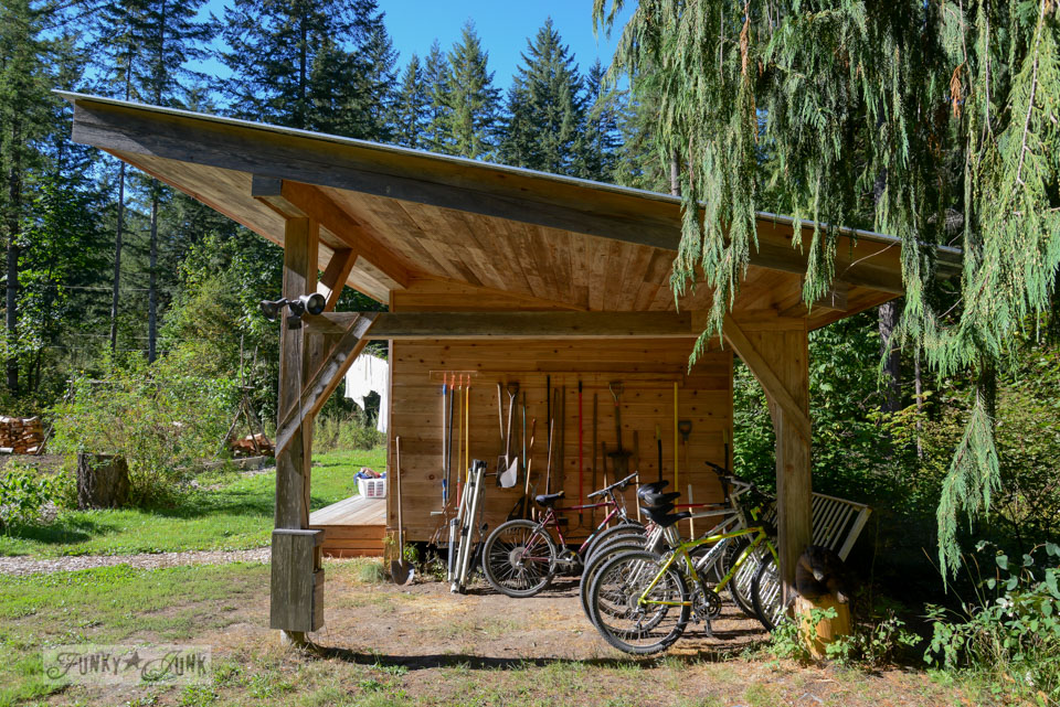 Bike shed / A surprising goldmine at a cabin on the river / EcoRetreat.com, via FunkyJunkInteriors.net