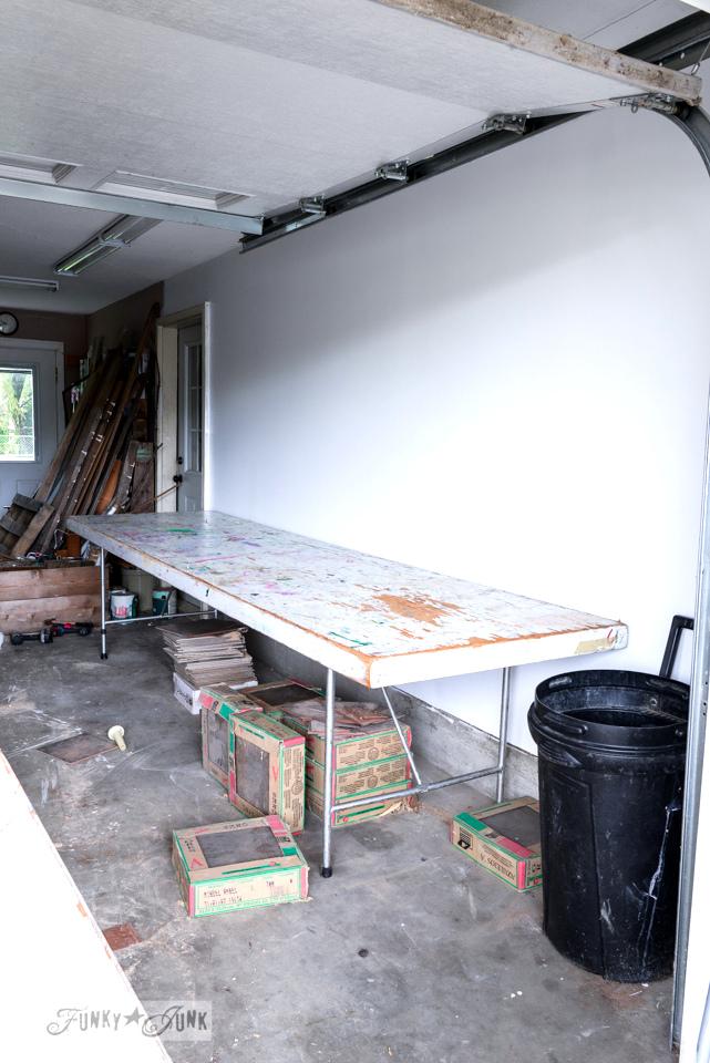 workshop curbside table