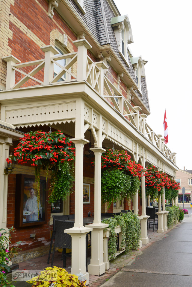 Hanging baskets at Niagara on the Lake / A bird's eye view of magnificent Niagara Falls on FunkyJunkInteriors.net