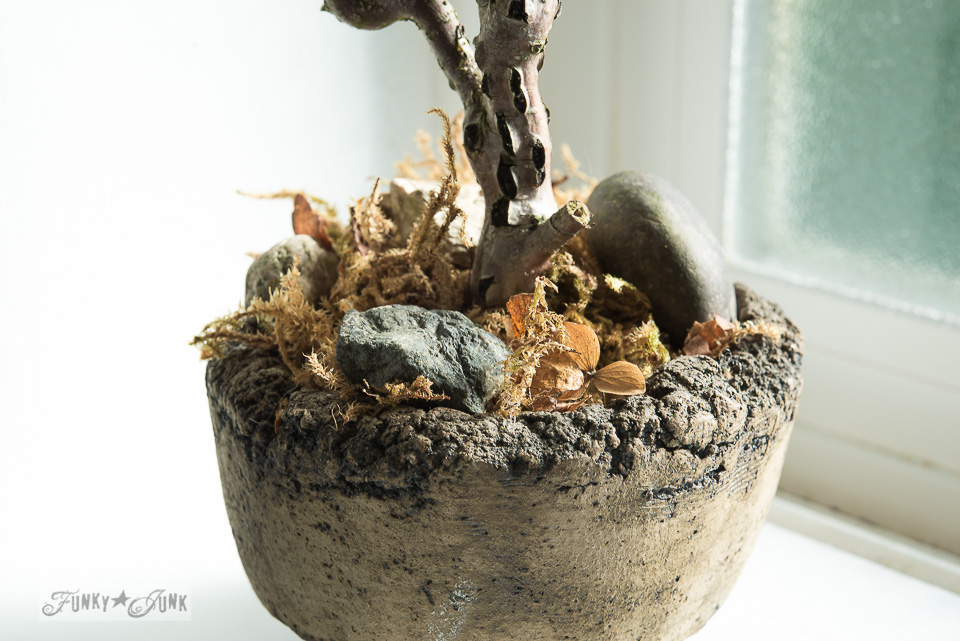 how to make a dried hydrangea bonsai  / A fall home tour with hydrangeas and junk via FunkyJunkInteriors.net