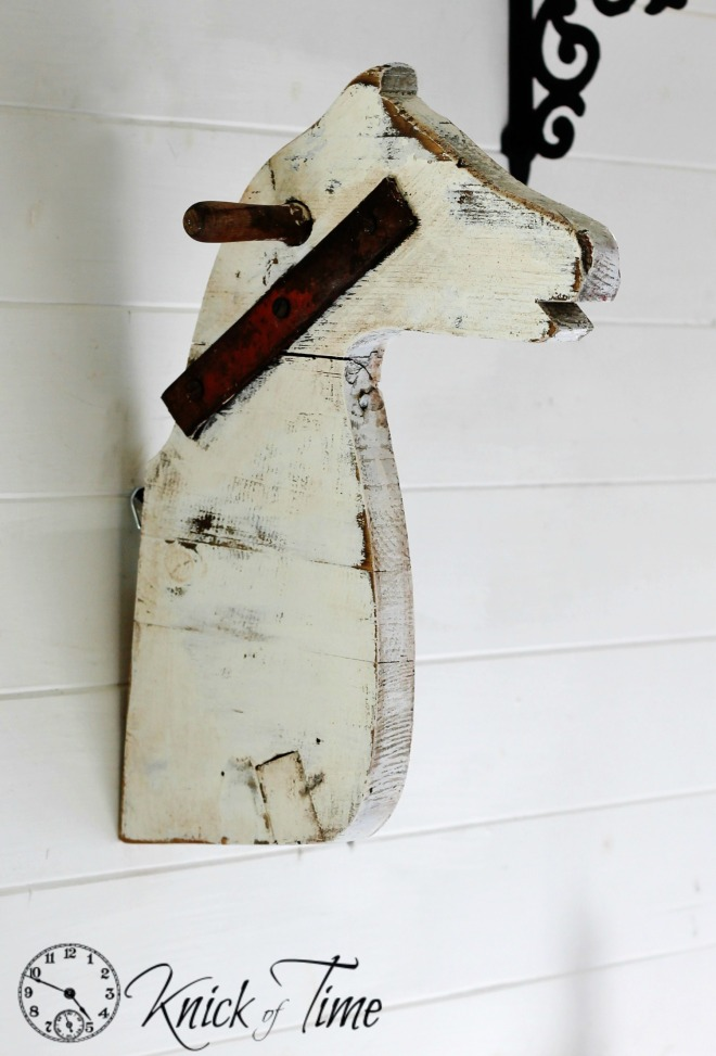 Horse head wall mount / Knick of Time