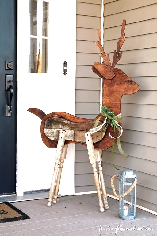 Reclaimed wood and spindle deer / Finding Home Online
