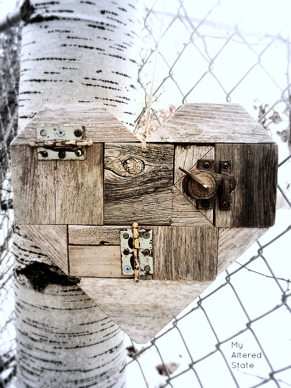 DIY-Scrap-Wood-Hearts-Barn-Wood-Heart.png