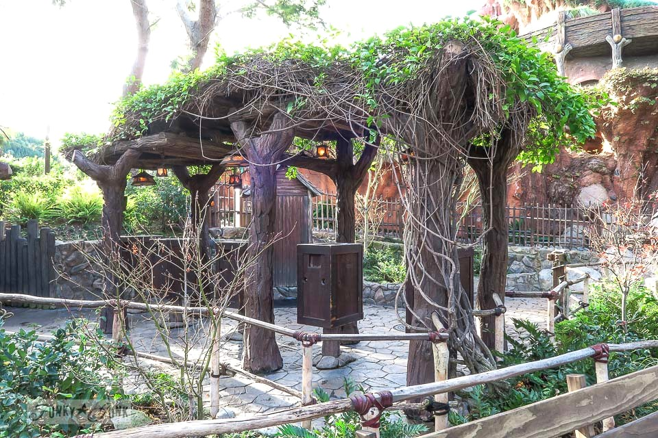 Gorgeous theming of a vines and trees trellis at Disneyland / FunkyJunkInteriors.net