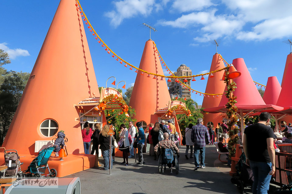 Radiator Springs / Merry Cars Christmas at Disneyland via FunkyJunkInteriors.net