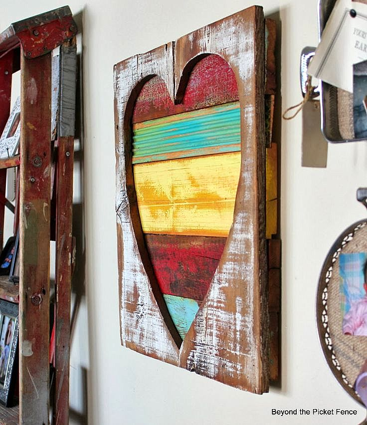 Reclaimed wood heart by Beyond The Picket Fence