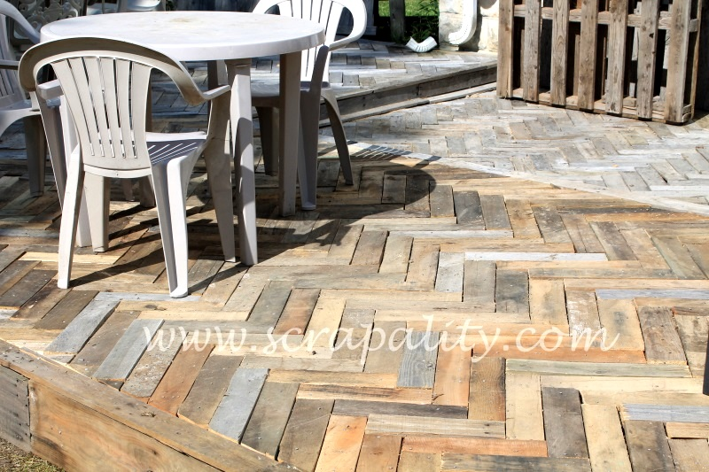 Pallet wood outdoor deck by Scrapality
