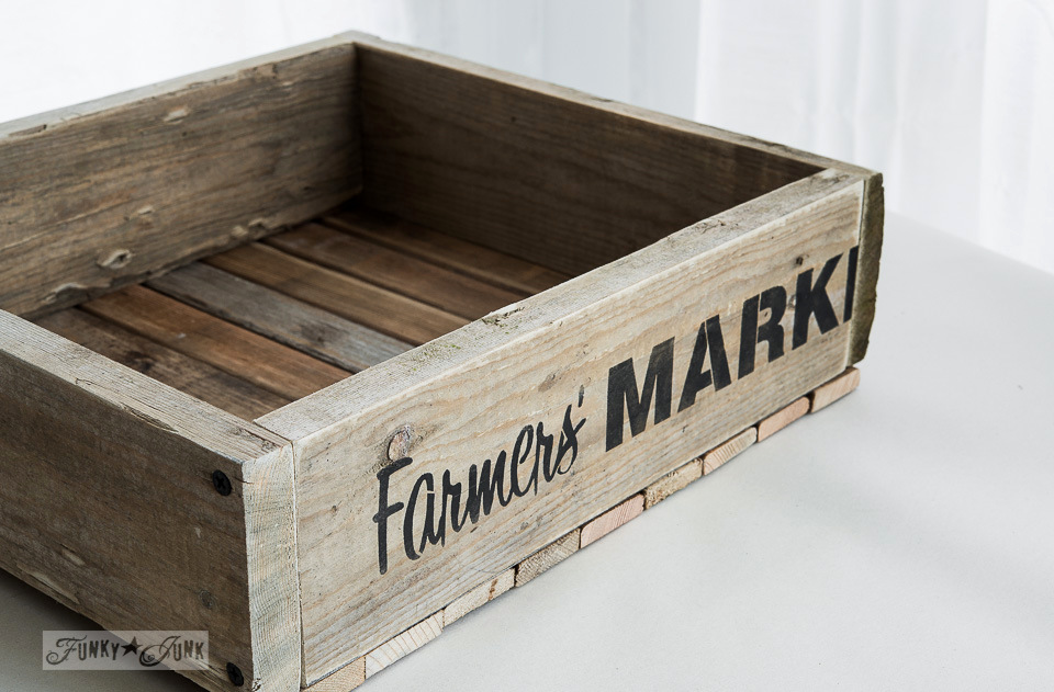 Farmers Market stencil on a crate / How to build a pallet wood crate / FunkJunkInteriors.net