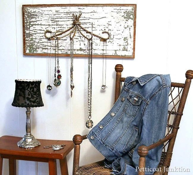 DIY necklace hanger / Petticoat Junktion featured on FunkyJunkInteriors.net