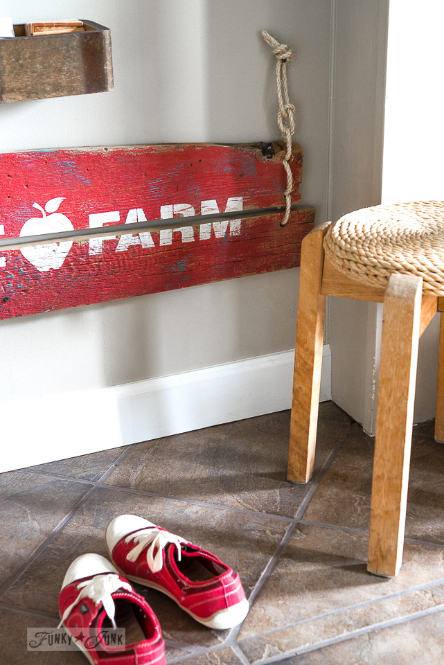 Make this barn wood red rustic APPLE FARM sign with twine hinges / funkyjunkinteriors.net