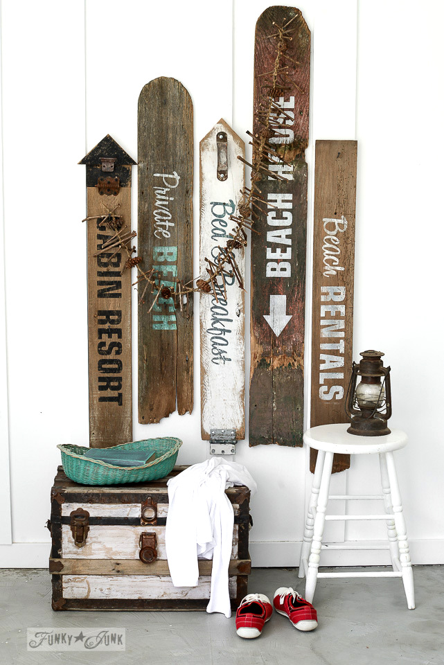 Make your own beach and lake signs / funkyjunkinteriors.net