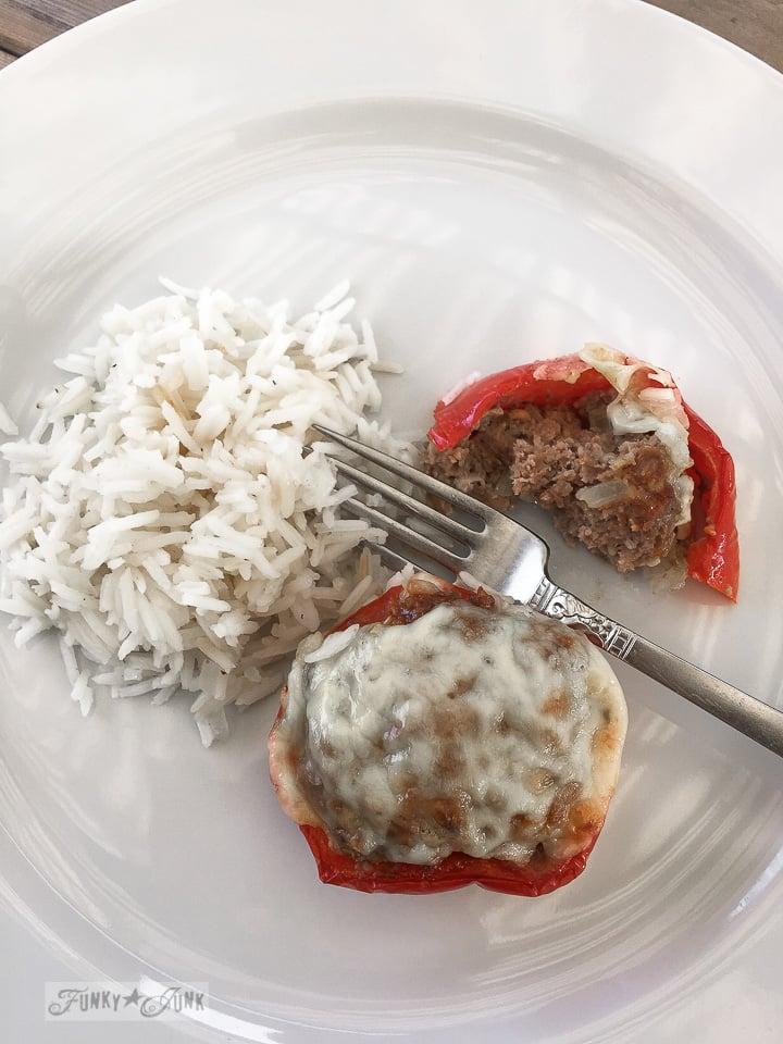 Gluten free bell pepper mini meatloaves / FunkyJunkInteriors.net