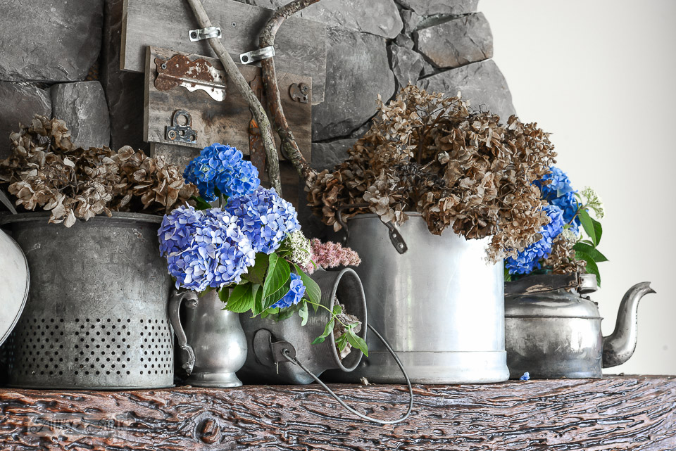 summer hydrangea junk mantel with fresh and dried flowers / funkyjunkinteriors.net