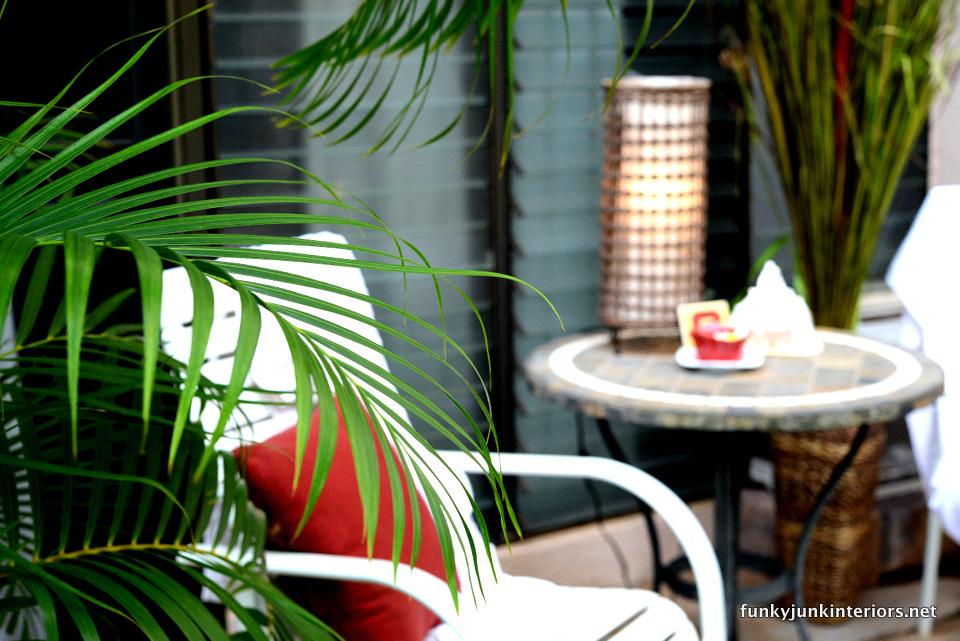 a maui condo patio makeover / funkyjunkinteriors.net