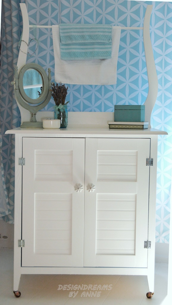 DIY Vintage Washstand with Towel Bar, by Design Dreams by Anne, featured on Funky Junk Interiors