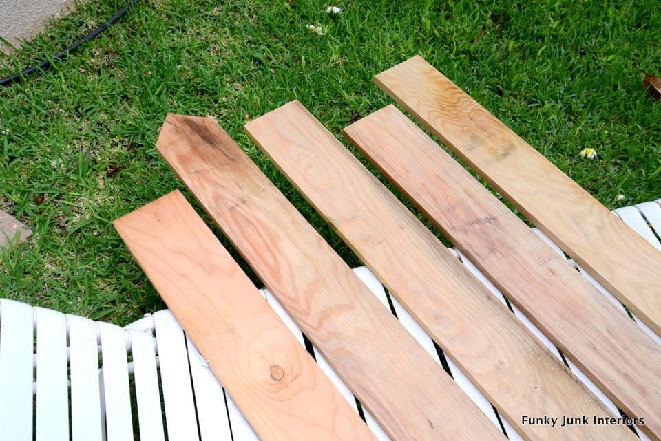 cutting the wood planks / Beach signs towel hanger / funkyjunkinteriors.net