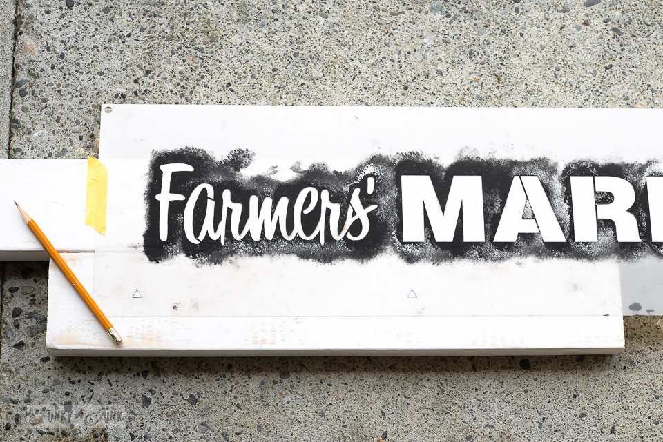Decorate a branch ladder plant stand with a Farmers' Market stencil!