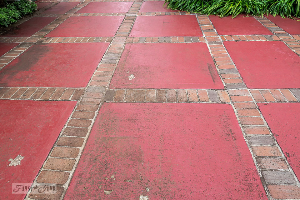 Red pavement with brick grout in Makawao, Maui / funkyjunkinteriors.net