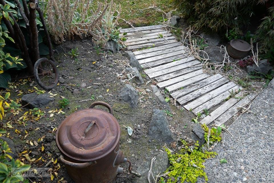 pallet walkway before